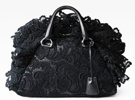 Prada сумки: неповторимые и чудесные создания для женских рук.