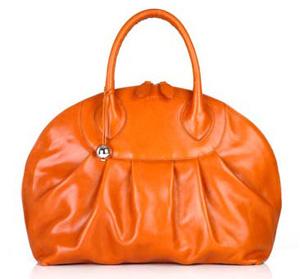Женская оранжевая сумка Furla.
